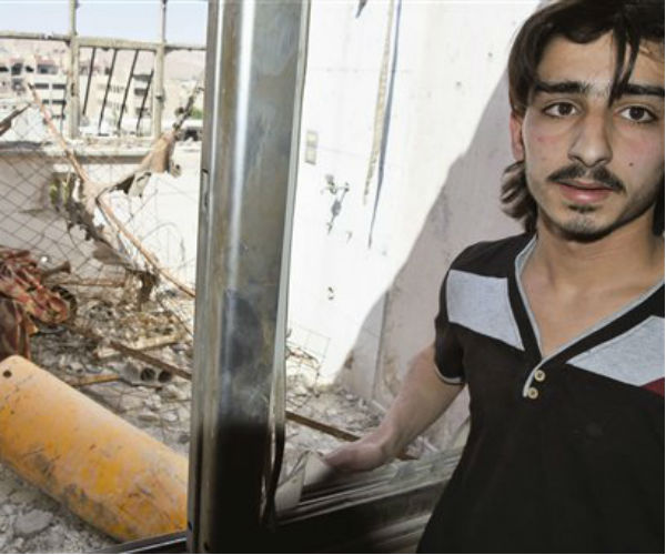 Chemical Weapons Inspectors Collect Samples from Syria Site