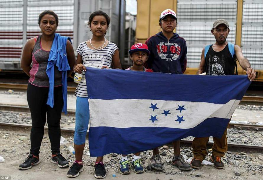 """""""Prepare For The Worst Possible Outcome"""" Migrant Caravan Warned As It Enters The US"""