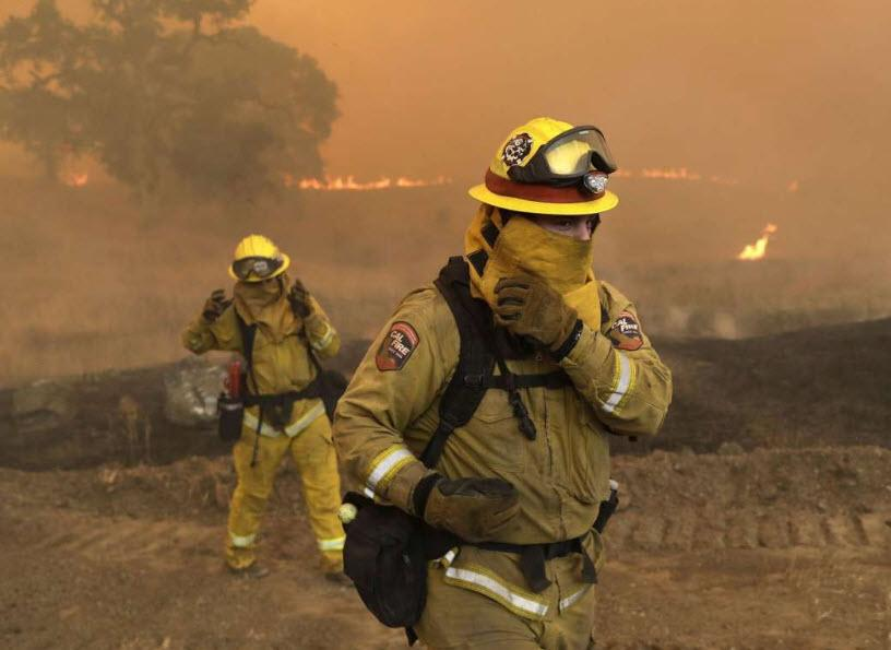 """""""This Thing's Massive"""" – 14,000 Fight Devastating California Fires, 2 Arsonists Charged As Death Toll Rises"""